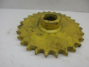 Reproduction Ford New Holland Sprocket Feeder Housing 237649 27t Tr70 Combine