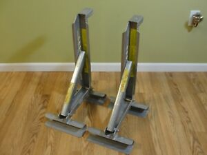 2 Qual Craft Qual craft Aluminum 2 Rung Ladder Jacks