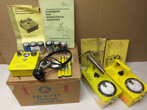 Victoreen Geiger Counter Kit Cdv777 Includes Cdv700 715 Headphones