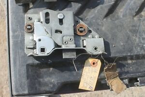 1941 1942 1946 1948 Ford Car Nos Right Door Latch 11a7021812 S