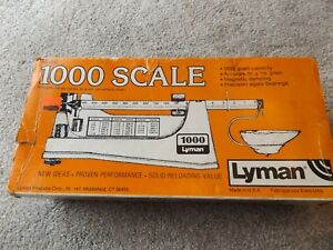 LYMAN 1000 POWDER SCALE