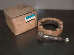 1968 80 Chevy C K Truck Gm Nos Dana Front 4x4 Axle 10 Bolt Ring Pinion Gear 4 10