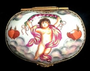 Beautiful Antique Capo Di Monte Cherubs Heart Shaped Valentines Day Ring Box