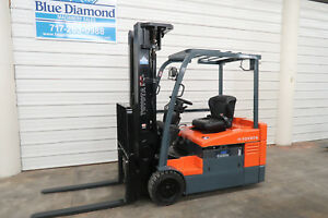 2015 Toyota 7fbeu20 4 000 Electric Forklift 36 Volt Battery Quad Mast S s