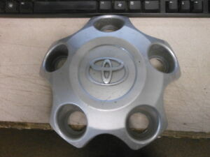 Toyota Oem Wheel Hub Center Ornament Cap 2007 2018 Tundra 42603 0c051