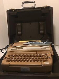 Vintage 1978 Smith Corona Coronet Super 12 Electric Typewriter W case