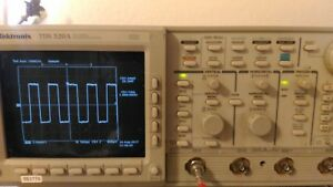 Tektronix Oscilloscope Tds 520a Tds520a Calibrated