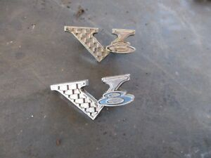 65 Plymouth Belvedere Ii Satellite Barracuda Valiant V8 Front Fender Emblems Oem