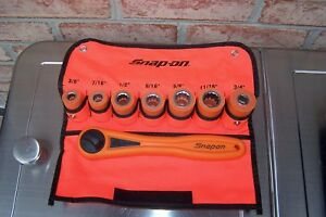 Snap On 3 8 Drive Electrician Insulating Socket Set And Ratchet Part Iht208k