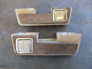 65 Plymouth Belvedere Ii Satellite Arm Rests W Ash Trays Solid Bases Oem