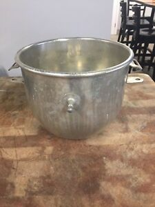 Hobart 12qt Bowl For 20qt Mixers A200 12