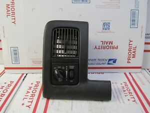 2002 2003 2004 2005 Dodge Ram 1500 Head Light Switch And Air Vent Dash Trim