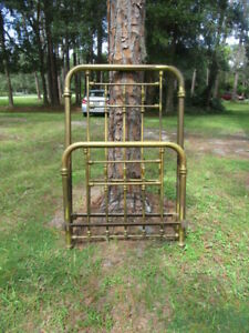 Victorian Antique Brass Single Twin Size Bed Includes Mattress Set And Bed Rails