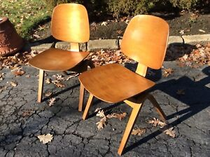 2 Same Vintage Thonet Mid Century Modern Wood Chairs Very Good
