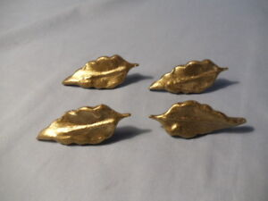 Lot Of 4 Vintage Cast Metal Leaf Drawer Pulls Knobs Handles 2 3 4 Inches