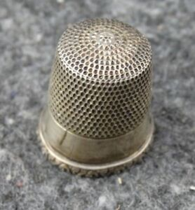 Antique Simons Brothers Size 11 Sterling Silver Sewing Thimble