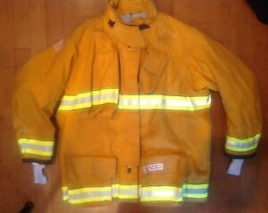 Firefighter s Globe G Extreme Turnout Coat 56x35 11 2012 Used