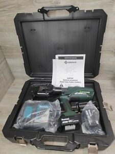 Greenlee Esg45l11 Gator Battery powered Acsr Cable Cutter W charger Esg45l