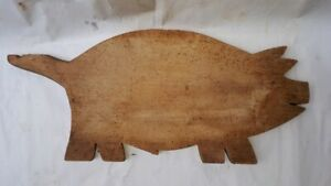 Old Antique Primitive Wooden Wood Bread Cutting Board Plate Pig 110