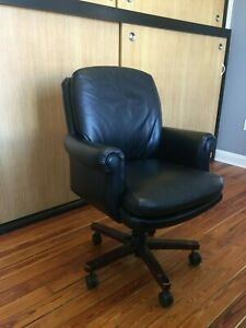 Black Leather Traditional Conference Chairs Set Of 6