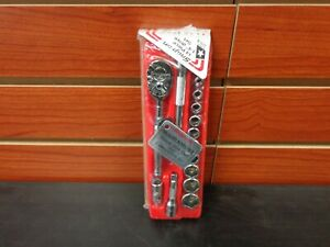 New Snap On 1 4 Drive Sae 14 Pc Socket Wrench Set 114atmp