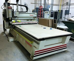 Thermwood Model C 53 Fixed Table 3 Axis Cnc Router With Roller Hold Down Q Core