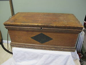 Antique Primitive Wood Old Paint Trunk Blanket Chest Storage Box Coffee Table