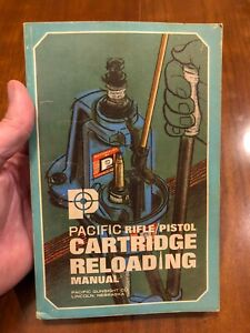 PACIFIC RIFLEPISTOL CARTRIDGE RELOADING MANUAL. Hornady-1967. 4th Ed 1970.