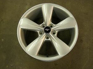 Oem Ford 2013 2014 Mustang Gt Wheel 18x8 New Take Off