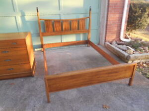 Rare Mid Century Modern Drexel Walnut Full Double Bed 1961 Complete