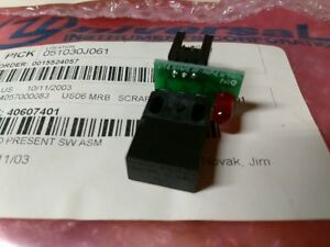 Universal Instruments 40607401 Pc Bd Board Present Switch Assembly new