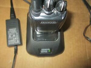 2way Radio Kenwood Tk 3160 0190448 Uhf Fm Transceiver And Charger