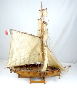 Vintage Model Handcrafted Ship Model 18 X 24 Estate Clipper British French