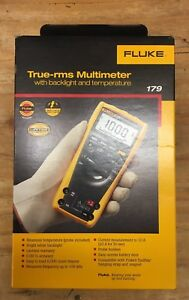 Fluke 179 True rms Digital Multimeter With Backlight And Temperature Probe new