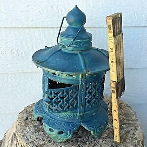 Large Antique Japanese Pagoda Cast Iron Garden Tea Lantern Lamp 15 5 Chinese