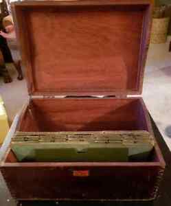 Neat Vintage Wood Wooden Dove Tailed File Recipe Box Weiss