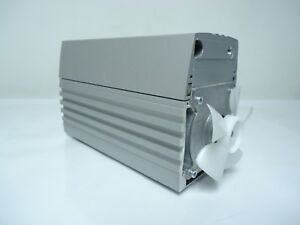 Knf D 79112 Neuberger Medical Grade Vacuum Pump Pm20402 920