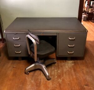Vtg Security Steel Tanker Industrial Desk Cole Steel Swivel Rolling Chair