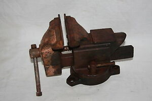 Vintage Large Heavy Taiwan Table Top Mount Vise W Anvil