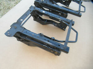 Jeep Wrangler Tj Front Seat Brackets Right Left Oem 97 02