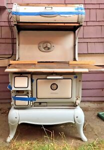 1910 S Wood Burning Cribben And Sexton Universal Kitchen Stove Pickup Only
