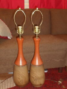 Vtg Mid Century Modern Table Lamps Faux Wood Rusty Orange Ceramic