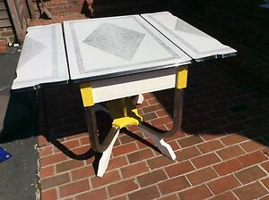 Vintage Stenciled Porcelain 3 Section Top Chrome Wood Base Table Very Good
