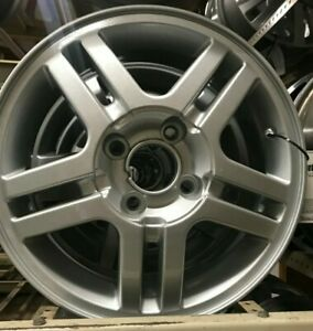 Ford Focus 2004 Wheel 15x6 10 Spoke alloy Painted Sparkle Silver