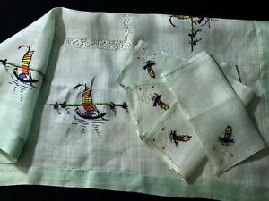Vintage Gorgeous Hand Embroidered Fine Linen Green Tea Tablecloth