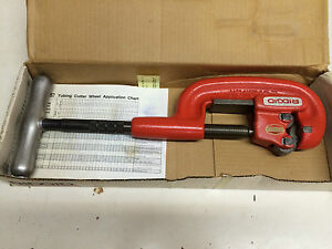 New Ridgid 32820 Heavy Duty 1 8 2 Pipe Cutter 2 a Adjustable Nos