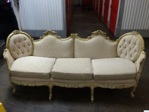Victorian Sofa Cream Colored 1970 S In Good Condition But Needs A Bit Of Tlc