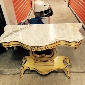 Victorian Sofa Table Gold And Cream Color 1970 S Very Good Condition