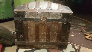 Antique 1880 Curved American Steamer Trunk Wooden W Thin Repouss Metal Art