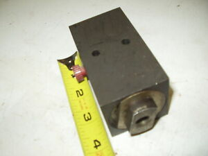 Hydraulic Flow Control Manifold Block 1 4 npt Two Port Possibly A Kayba